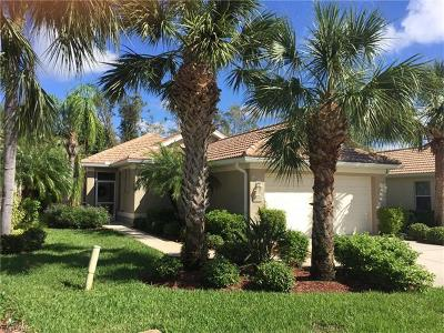 Fort Myers Single Family Home For Sale: 8079 Woodridge Pointe Dr