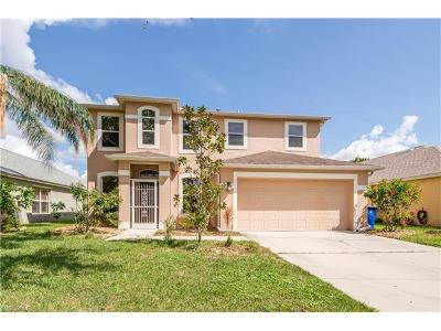 Fort Myers Single Family Home For Sale: 17902 Oakmont Ridge Cir
