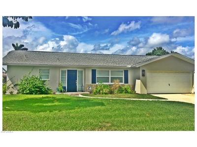 Fort Myers Single Family Home For Sale: 963 S Town And River Dr