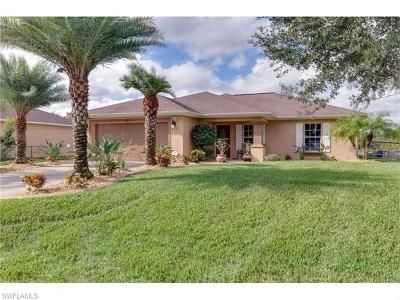Lehigh Acres Single Family Home For Sale: 6021 Queen Ave N