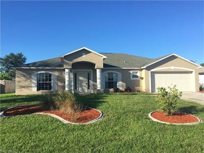 Cape Coral Single Family Home For Sale: 1327 SE 23rd St