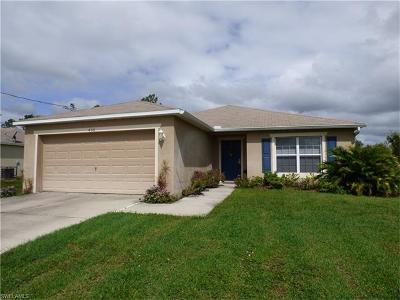 Lehigh Acres Single Family Home For Sale: 456 Westdale Ave