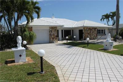 Cape Coral Single Family Home For Sale: 3631 SE 17th Ave