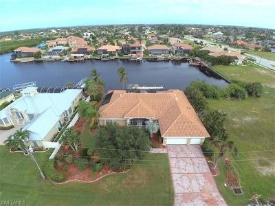 Cape Coral Single Family Home For Sale: 2813 SW 43rd Ln