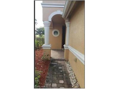 Fort Myers Condo/Townhouse For Sale: 9963 Chiana Cir