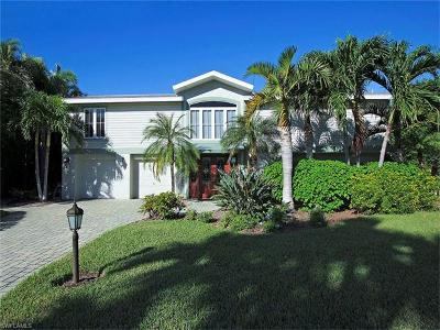 Sanibel Isles Single Family Home For Sale: 1747 Jewel Box Dr