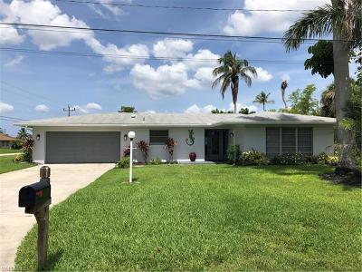 Cape Coral Single Family Home For Sale: 5218 SW 2nd Pl