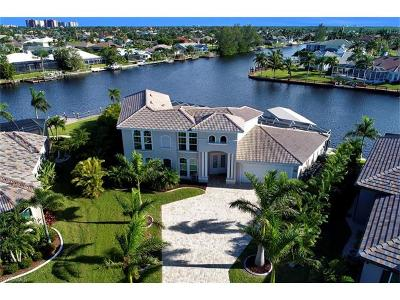 Cape Coral Single Family Home For Sale: 2502 SW 52nd Ln
