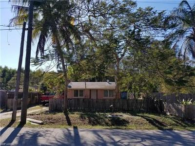 Bonita Springs Single Family Home For Sale: 27850 Old Seaboard Rd