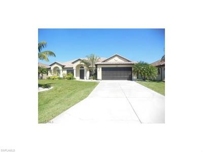 Cape Coral, Matlacha, North Fort Myers Single Family Home For Sale: 1729 SW 44th Ter