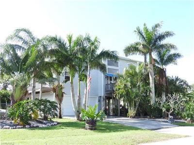 Bokeelia Single Family Home For Sale: 5711 Linden Ln