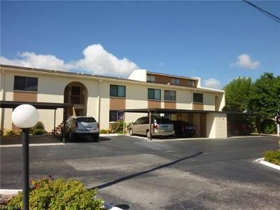 Cape Coral Condo/Townhouse For Sale: 4904 Vincennes St #207