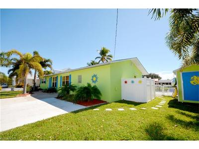 St. James City Single Family Home For Sale: 3589 Outrigger Ln