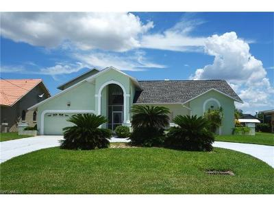 Cape Coral, Matlacha, North Fort Myers Single Family Home For Sale: 5305 SW 11th Ave