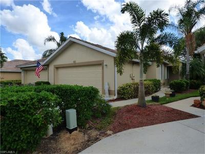 Lehigh Acres Condo/Townhouse For Sale: 2321 Carnaby Ct