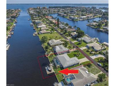 Cape Coral Single Family Home For Sale: 1641 SE 40th Ter
