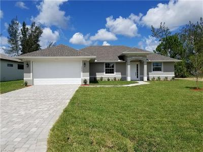 Cape Coral Single Family Home For Sale: 1621 SW 17th Pl