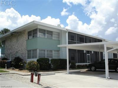 Cape Coral Condo/Townhouse For Sale: 4427 Country Club Blvd #H8