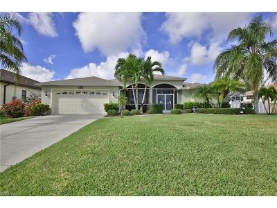 Cape Coral Single Family Home For Sale: 3112 SW 26th Ct