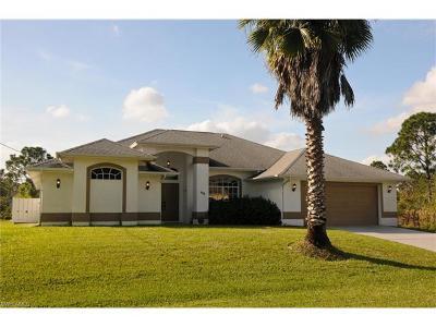 Lehigh Acres Single Family Home For Sale: 511 Palmetto Ave