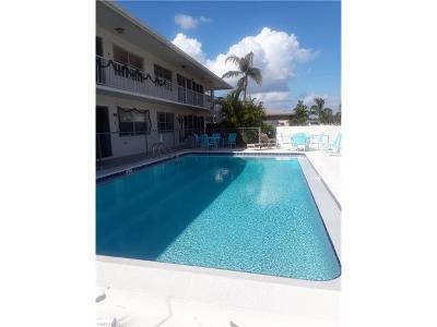 Cape Coral Condo/Townhouse For Sale: 5210 Coronado Pky #6