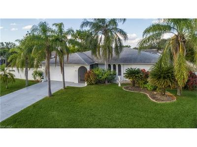 Cape Coral Single Family Home For Sale: 2123 SE 4th St