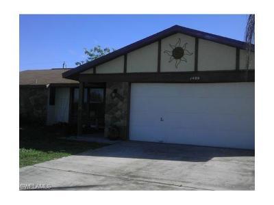 Cape Coral FL Single Family Home For Sale: $176,000
