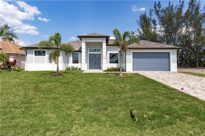 Cape Coral Single Family Home For Sale: 2229 SW 17th Pl