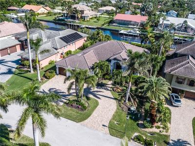Fort Myers Single Family Home For Sale: 15111 Intracoastal Ct