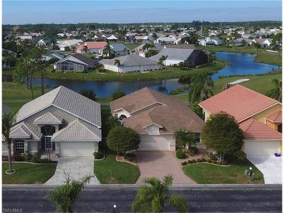 North Fort Myers Single Family Home For Sale: 3547 Sabal Springs Blvd