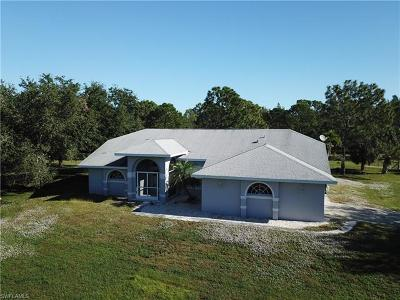 Cape Coral, Matlacha Single Family Home For Sale: 2851 Old Burnt Store Rd N