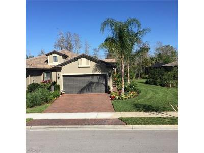 Naples Single Family Home For Sale: 7137 Live Oak Dr