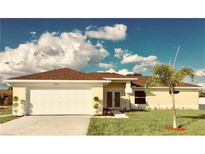 Cape Coral Single Family Home For Sale: 223 SW 31st St