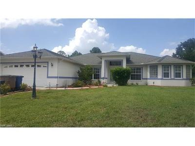 Lehigh Acres Single Family Home For Sale: 835 Sentinela Blvd