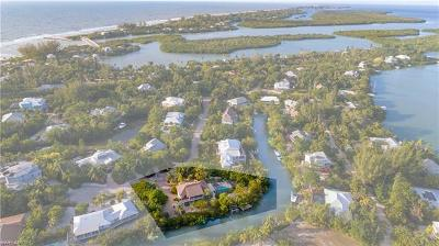Sanibel Single Family Home For Sale: 2464 Blind Pass Ct