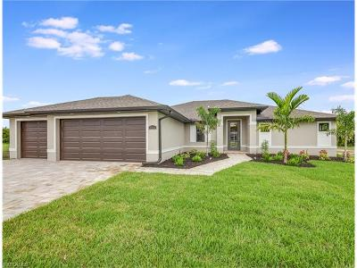 Cape Coral Single Family Home For Sale: 4934 Agualinda Blvd