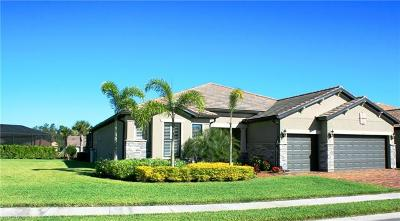 Fort Myers Single Family Home For Sale: 12067 Winfield Cir