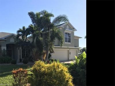 Estero Single Family Home For Sale: 23223 Shady Oak Ln