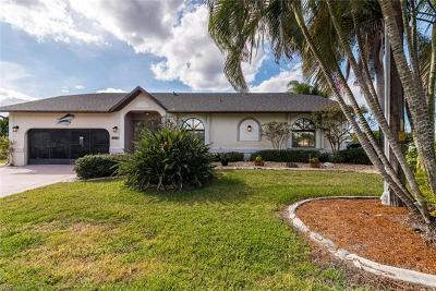 Matlacha Isles Single Family Home For Sale: 12321 Moon Shell Dr