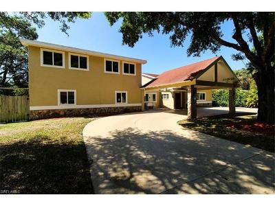 North Fort Myers Single Family Home For Sale: 68 Aqua Ln