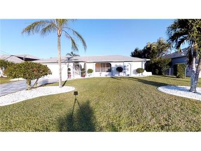 Cape Coral Single Family Home For Sale: 1401 SE 20th Ave