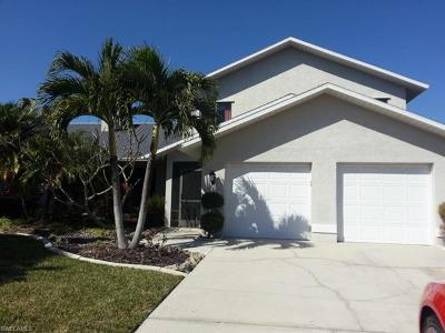 Cape Coral, Matlacha Single Family Home For Sale: 2215 SE 15th St