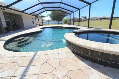 Cape Coral Single Family Home For Sale: 2508 SW 23rd Pl