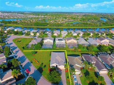 Cape Coral Single Family Home For Sale: 2697 Brightside Ct