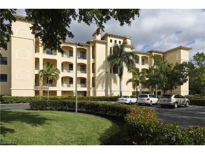 Fort Myers Condo/Townhouse For Sale: 15121 Laguna Dr #303