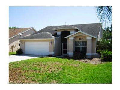 Fort Myers Single Family Home For Sale: 17921 Castle Harbor Dr