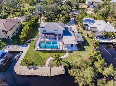 Fort Myers Single Family Home For Sale: 7146 Shannon Blvd