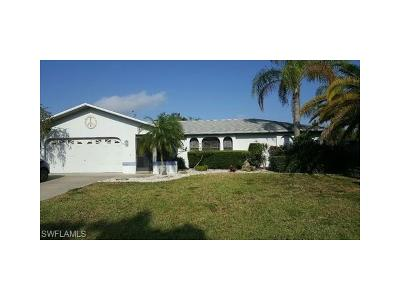 Cape Coral Single Family Home For Sale: 3726 SE 3rd Ave