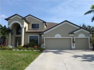 Cape Coral Single Family Home For Sale: 227 NW 38th Pl