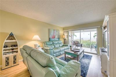 Fort Myers Beach Condo/Townhouse For Sale: 7400 Estero Blvd #103